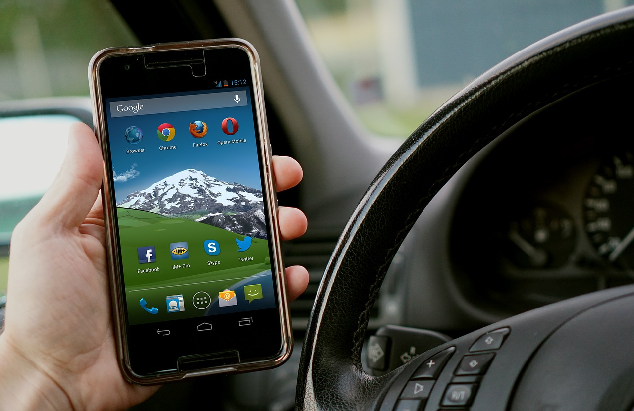 Best Apps for Car Race Lovers – The Apps You Need as a Race Lover